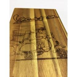 Tagliere in legno d'acacia art.104 con incisionelaser personalizzata www.personalizzazionilaser.it