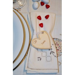Segnaposto matrimonio a forma di cuore base www.personalizzazionilaser.it