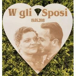 Decorazione arco matrimonio cuore con foto incisa  www.personalizzazionilaser.it