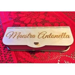 Portapenne e penna regalo insegnanti con incisione laser personalizzata   www.personalizzazionilaser.it